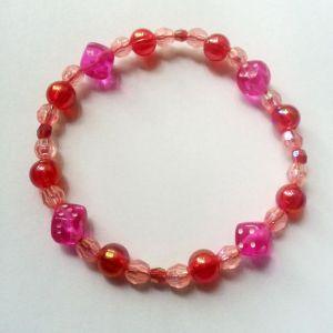 Brățară norocoasă Essential Gal, roz cu roșu și zaruri