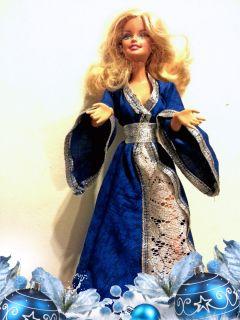 Snegurochka - rochiță păpuși tip Barbie și Steffi